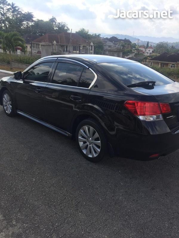 Subaru Legacy 2,0L 2012-6