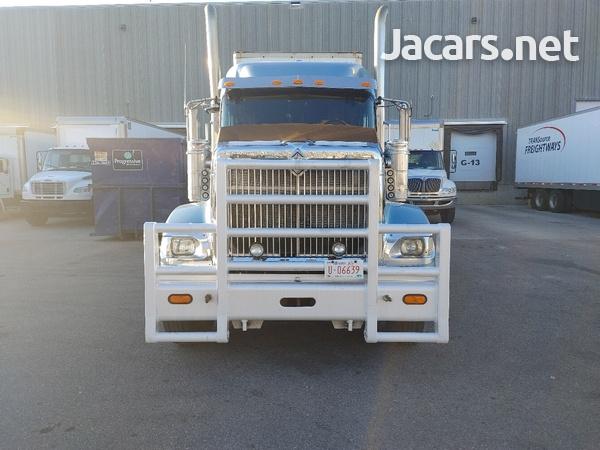 2007 International 9900i Truck-7