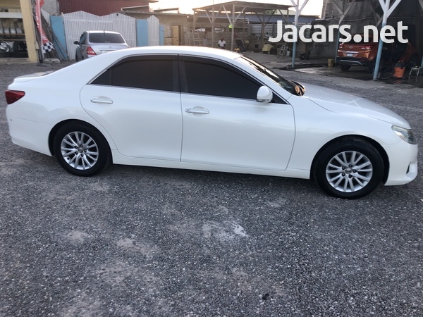 Toyota Mark X 2,5L 2013-4