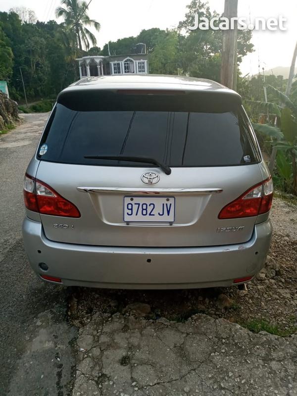 Toyota Ipsum 2,5L 2009-4