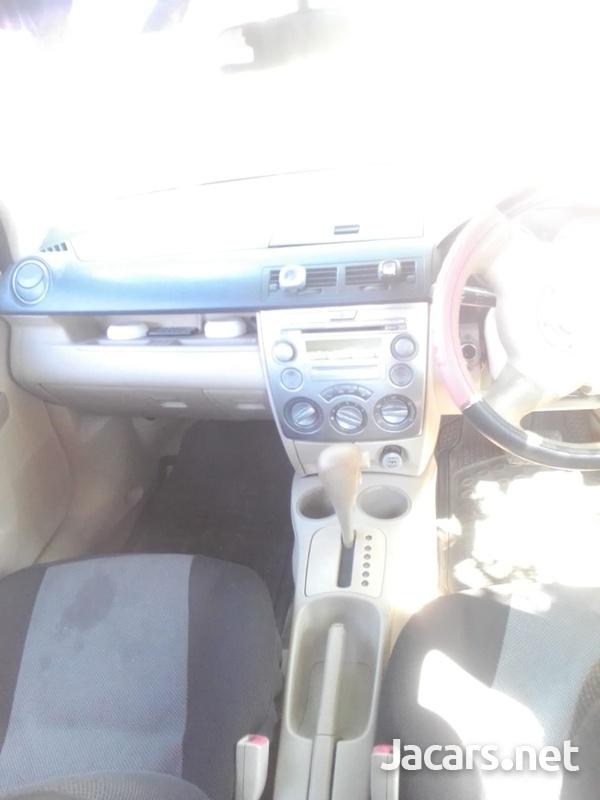 Mazda Demio 1,0L 2004-7