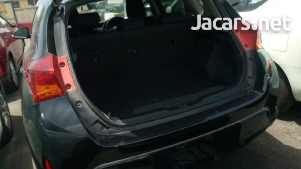 Toyota AURIS 1,5L 2013-6