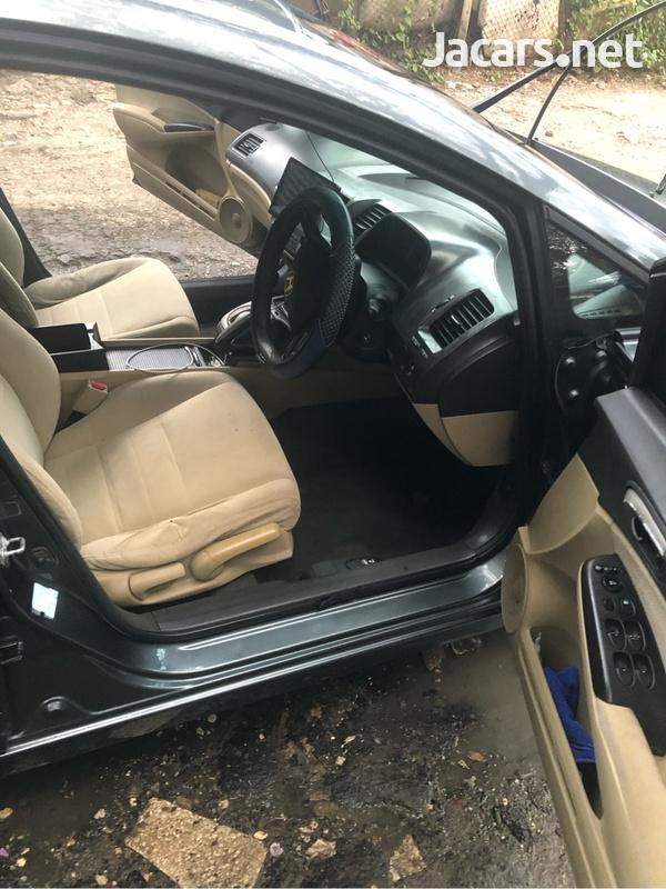 Honda Civic 1,8L 2008-5
