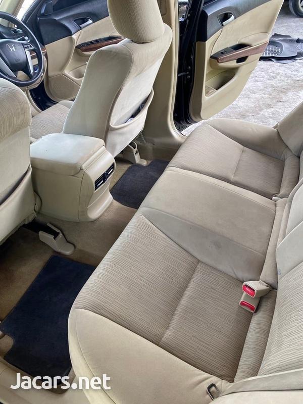 Honda Accord 2,0L 2012-3