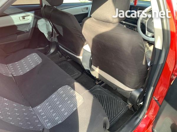 Toyota Corolla 1,6L 2016-3