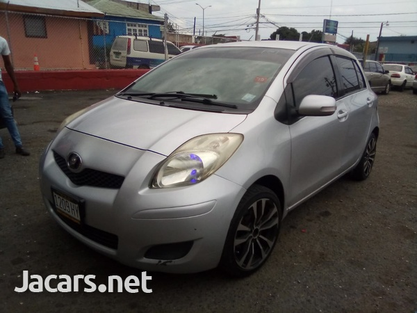 Toyota Vitz 1,5L 2009-3