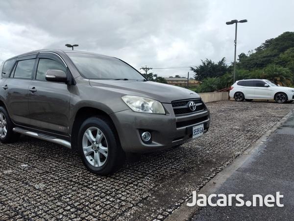 Toyota RAV4 2,4L 2012-8