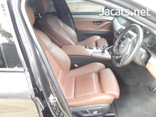 BMW 5-Series 2,0L 2013-8