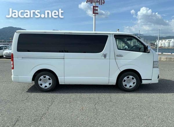 Toyota Hiace 3,0L 2013-7