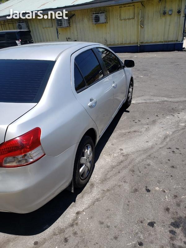 Toyota Yaris 1,5L 2011-8