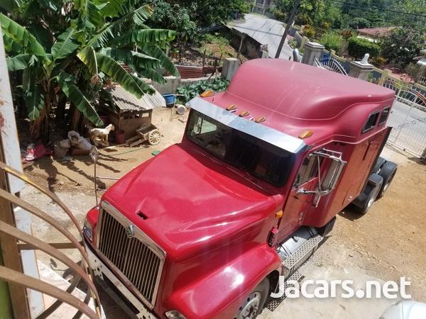 1999 International Truck-3