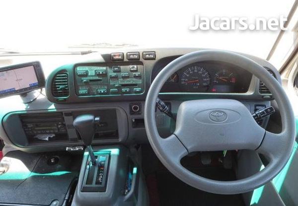 2006 Toyota Coaster Bus 4,0L-9