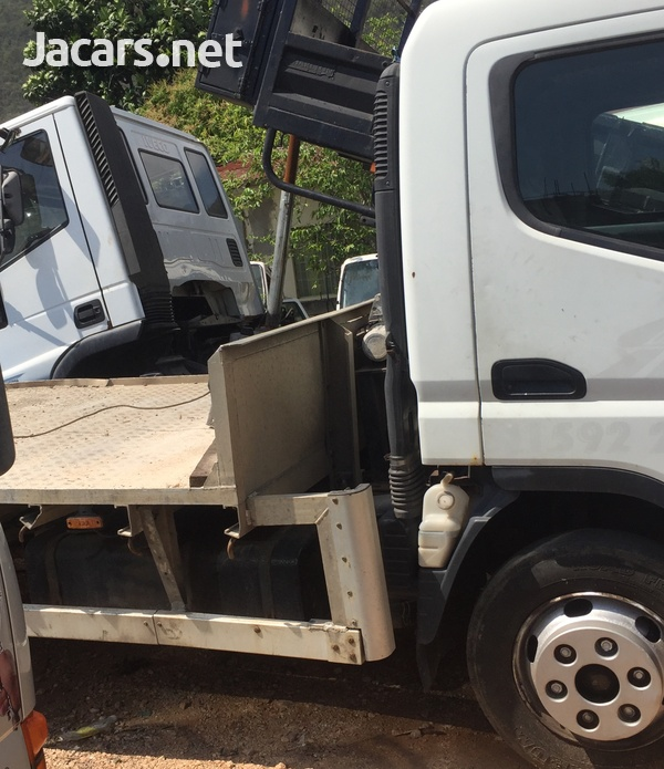 Mitsubishi Canter Tow Truck-3