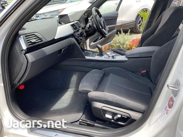 BMW 3-Series 2,0L 2017-9
