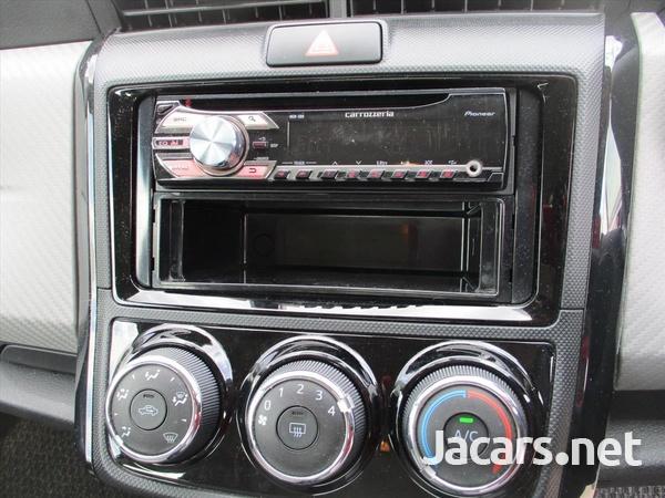 Toyota Corolla 1,5L 2014-4
