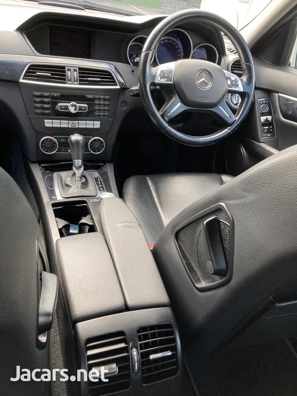 Mercedes-Benz C-Class 2,1L 2012-9