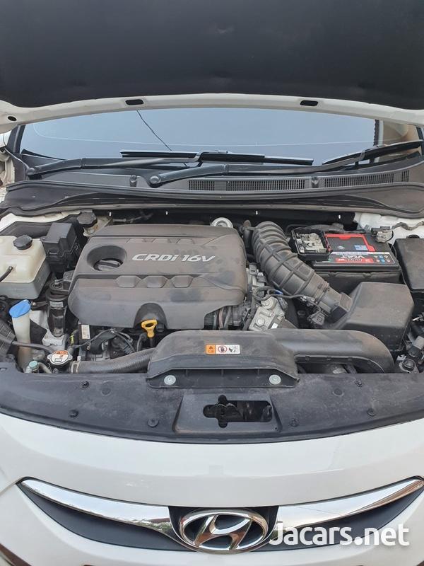 Hyundai i40 1,7L 2015-9