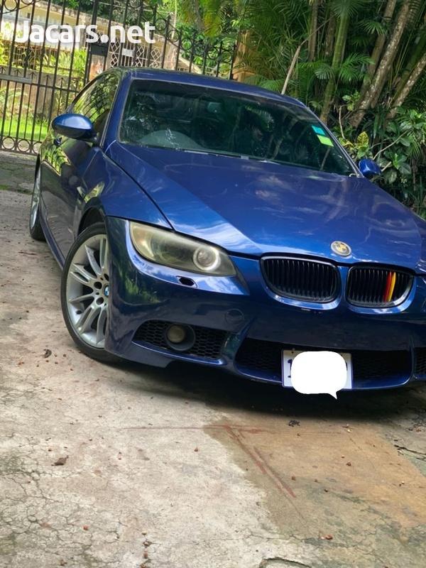 BMW 3-Series 0,4L 2008-2