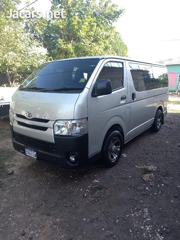 Toyota Hiace 3,0L 2016-3