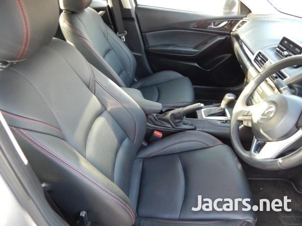 Mazda 3 1,5L 2016-6