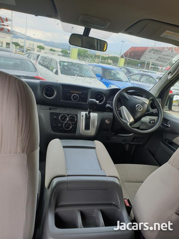 2014 Nissan caravan-6