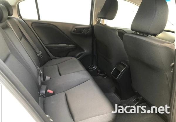 Honda Grace 1,5L 2017-5