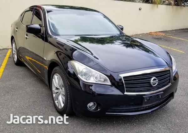 Nissan Fuga 2,5L 2012-1
