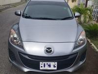 Mazda Axela 1,5L 2012
