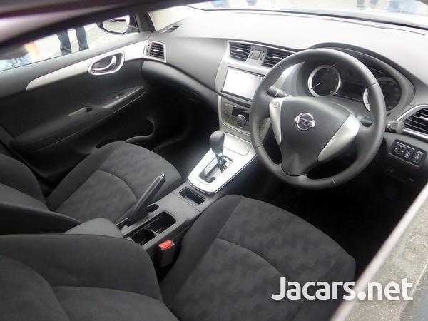 Nissan Sylphy 2,0L 2016-4