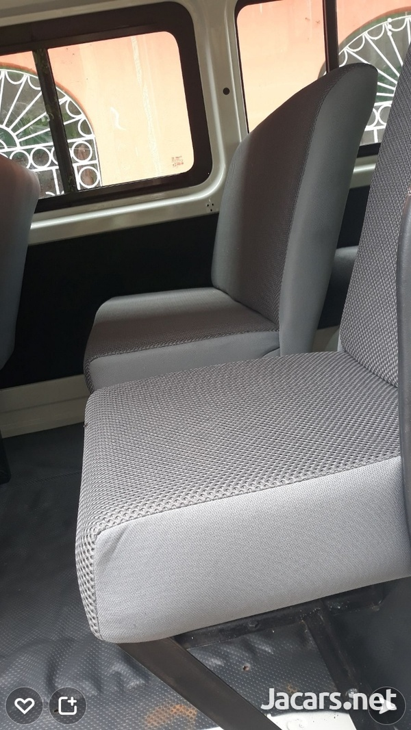 BUS SEATS WITH COMFORT AND STYLE.CONTACT 8762921460-3