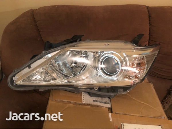 2012 Camry lights