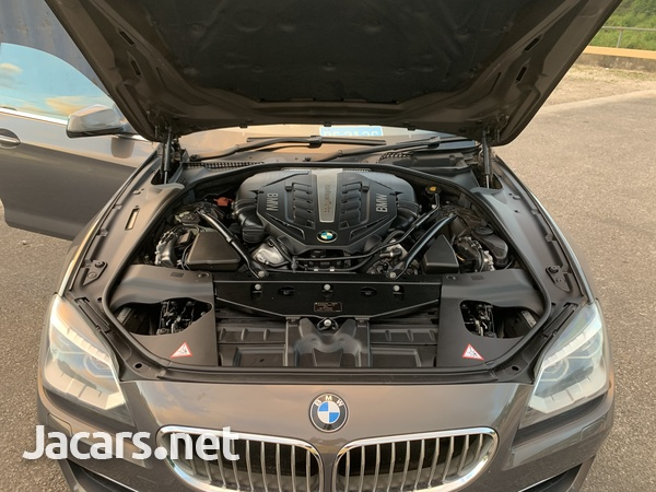 BMW 6-Series 4,4L 2012-6