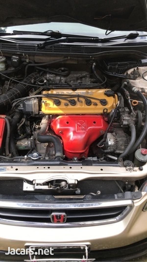 Honda Accord 2,0L 2000-4