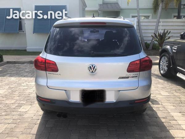 Volkswagen Tiguan 2,5L 2016-2
