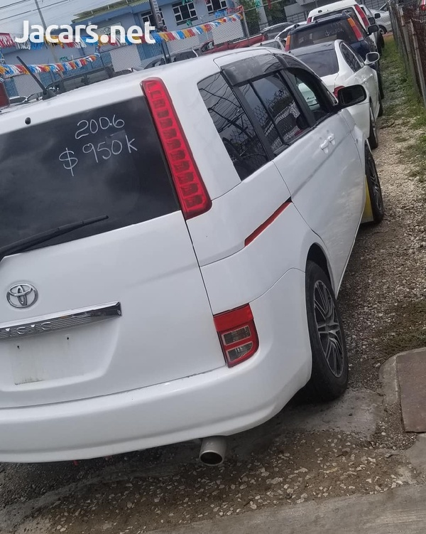 Toyota Isis 1,7L 2006-5