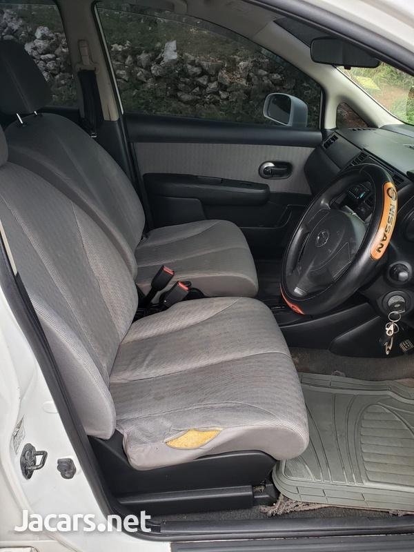 Nissan Tiida 1,8L 2010-7