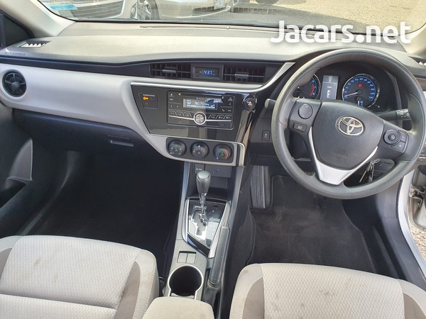 Toyota Corolla 1,6L 2018-3
