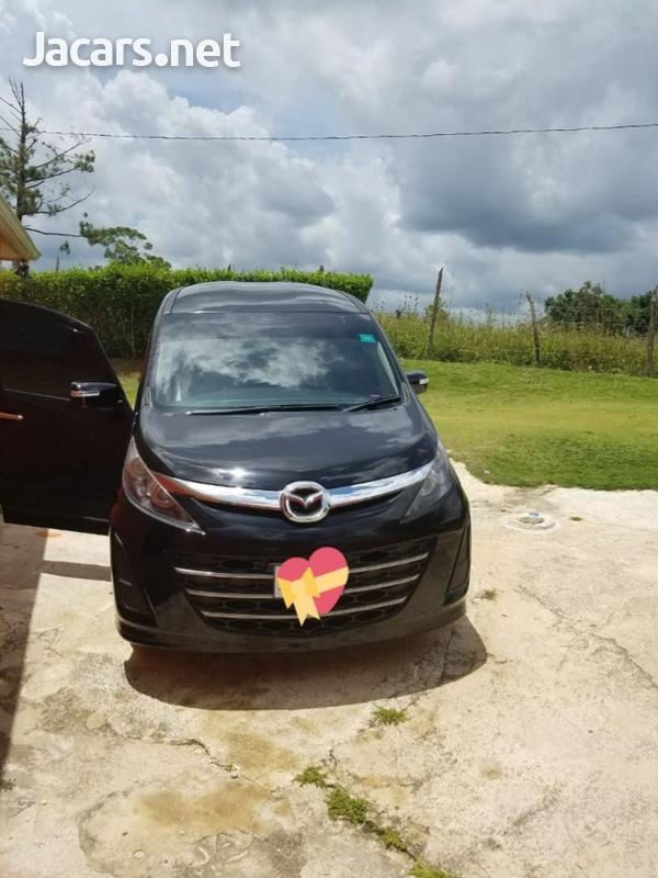 Mazda Biante 2,0L 2010-1