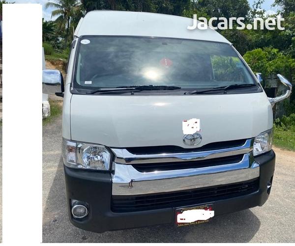 Toyota Hiace 2,2L 2014-1