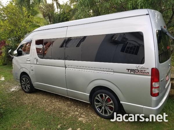 Toyota Hiace 2,7L 2013-1
