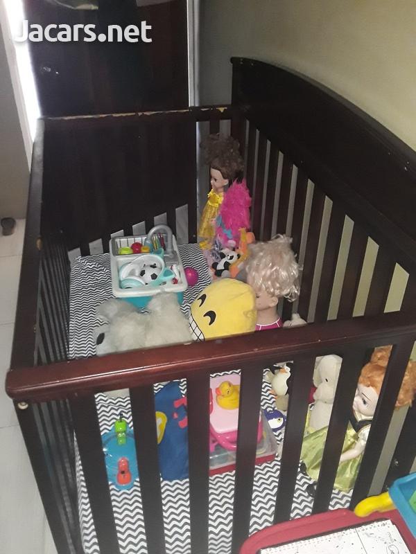 Delta Crib and Sealy Mattress-1