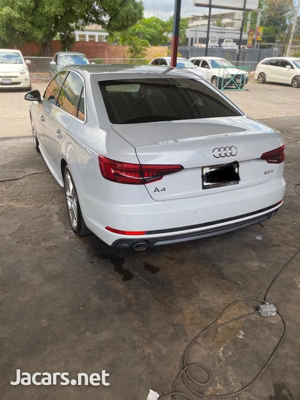 Audi A4 2,0L 2016-8
