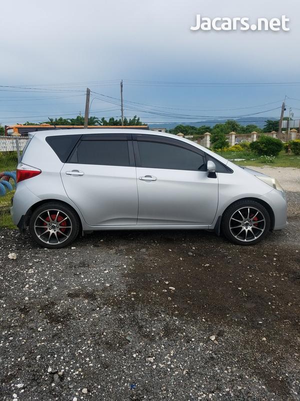 Toyota Ractis 1,5L 2011-2
