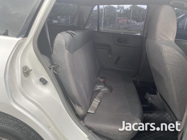 Nissan AD Wagon 1,3L 2012-7