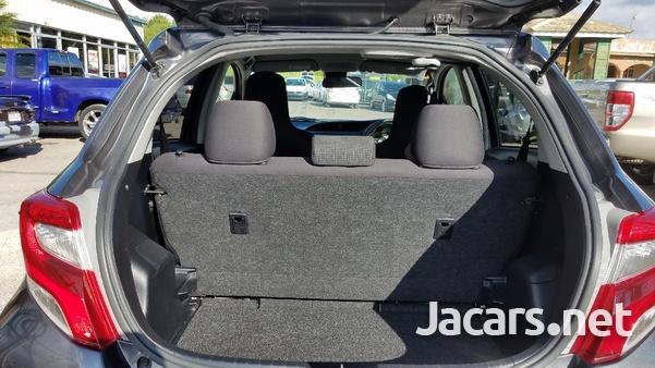 Toyota Vitz 1,0L 2016-8