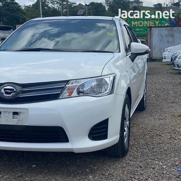 Toyota Axio 1,3L 2014-5