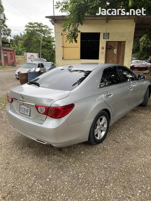 Toyota Mark X 2,1L 2012-7