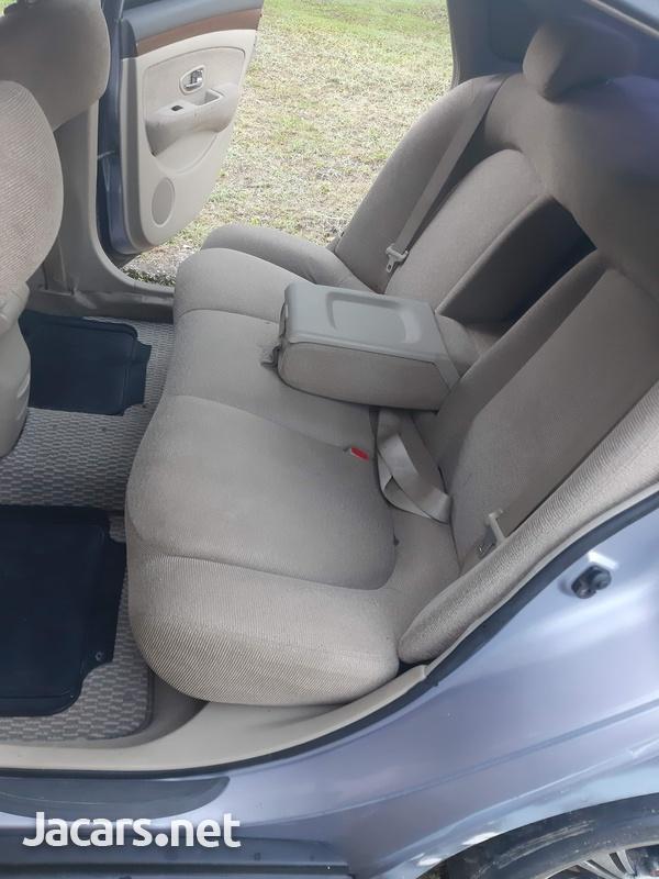 Nissan Bluebird 2,0L 2005-5