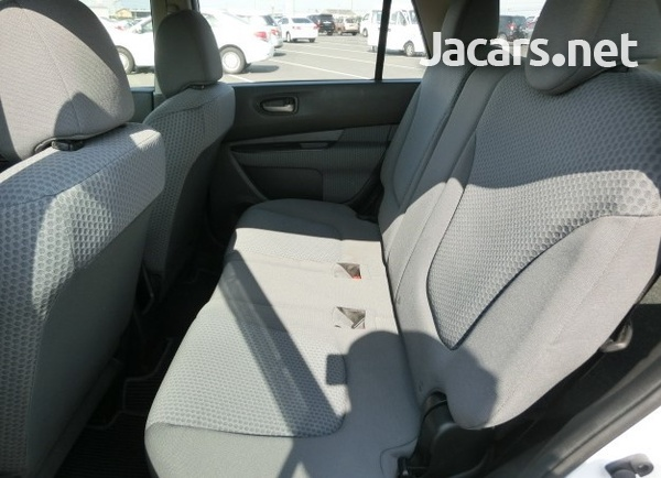 Nissan Wingroad 1,5L 2014-4
