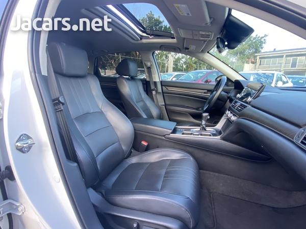 Honda Accord 1,5L 2018-12